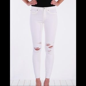 Henry & Belle High Rise Skinny Distressed White